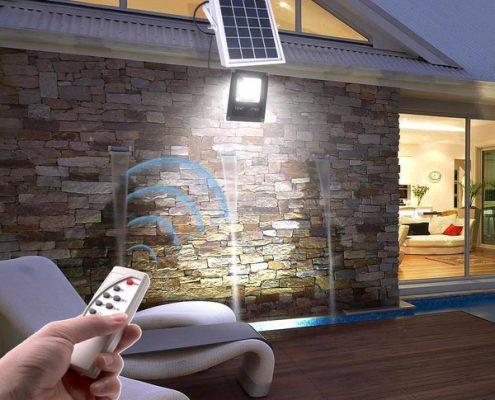 LED-Solarstrahler haben viele Vorteile gegenübr den Alternativen.