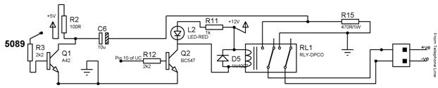 Ein zwei Spulen Relais steuert einen Stromkreis.