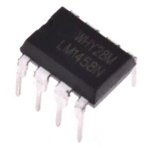 Ein LM 1458 Operationsverstärker im DIP8 Gehäuse,